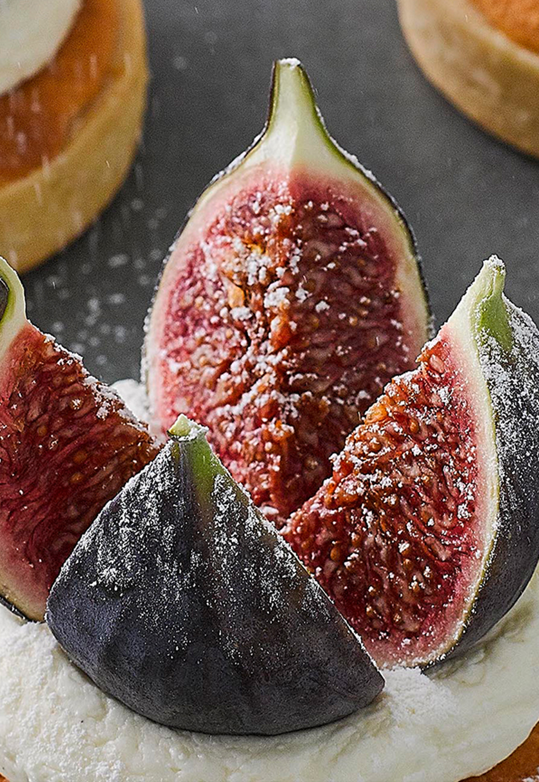 Vanilla and fig tartlets